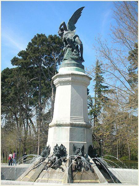 Падший ангел памятник памятники на заказ оренбург
